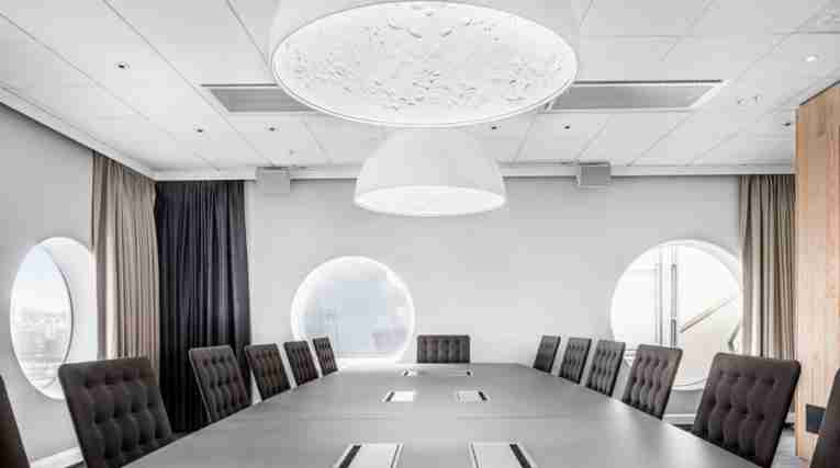 QH Friends: Conference room