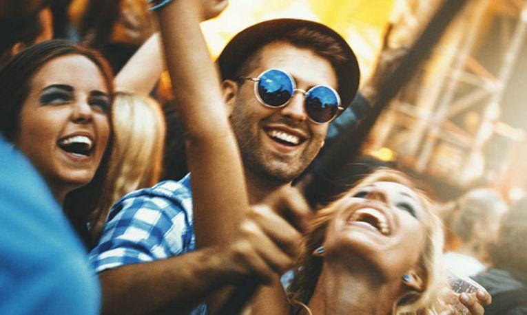 venner på festival