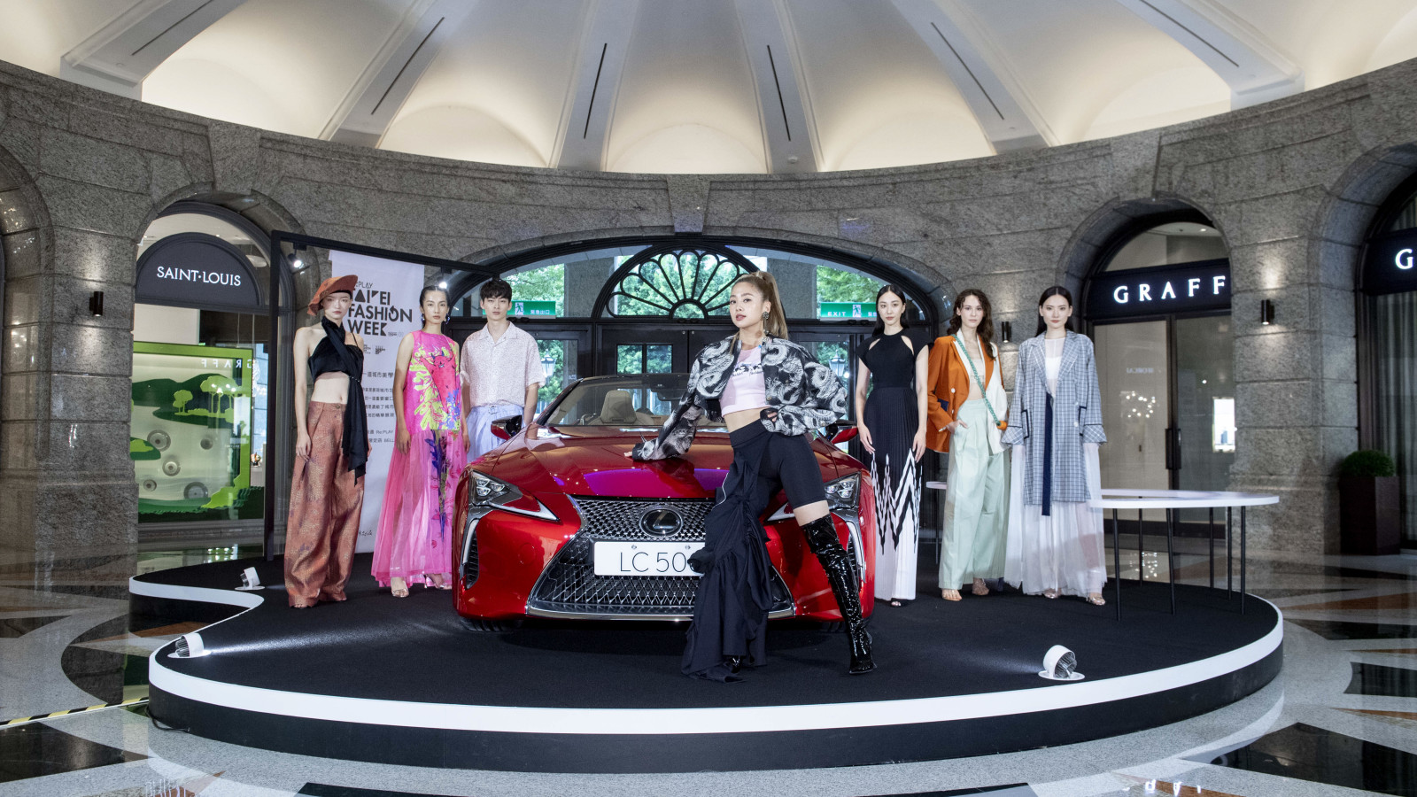 0448 - giles.heasman(何家樂) - Taiwan - Taipei Fashion Week x Vogue FNO