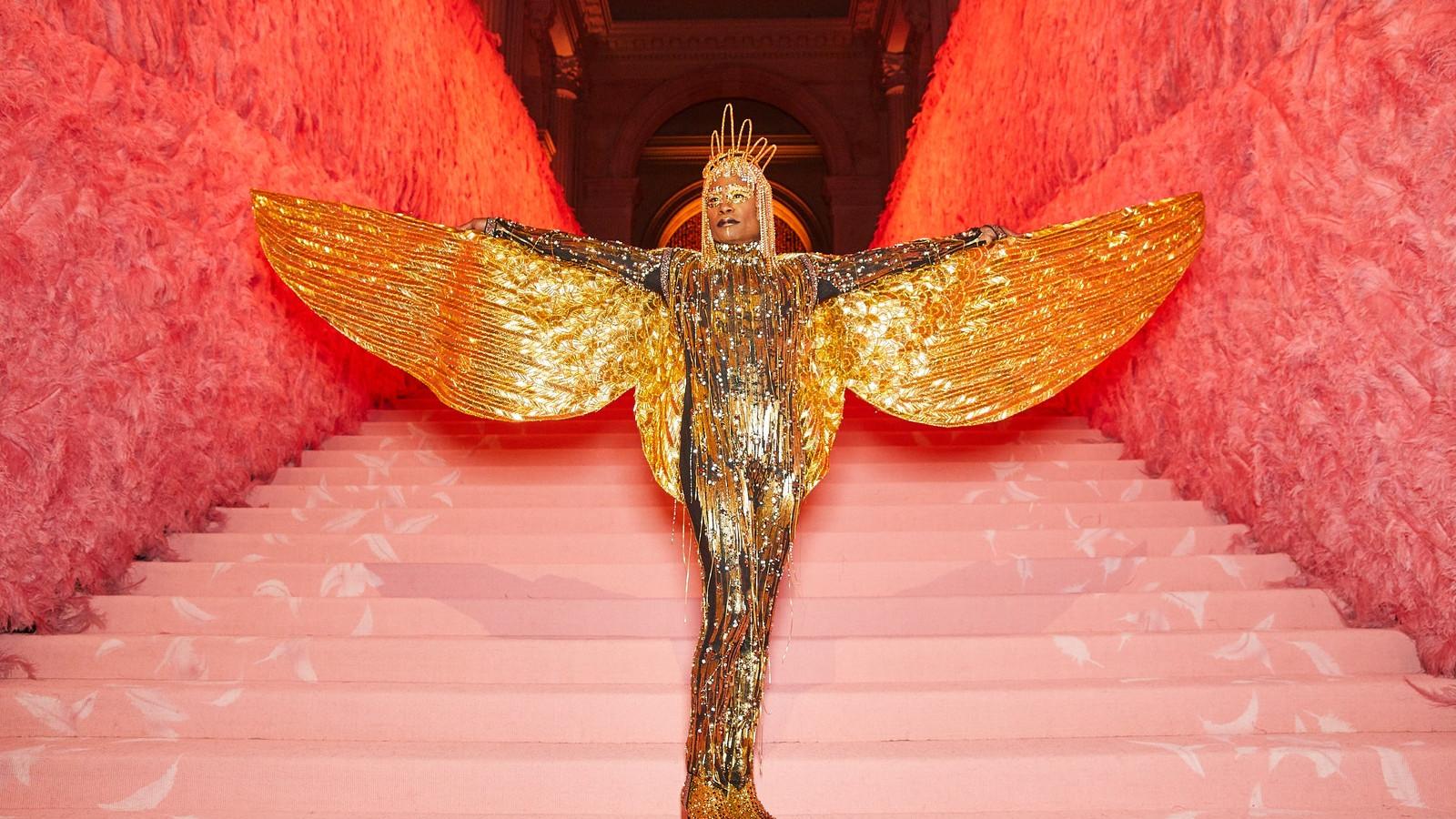 01187-CT-metgala19-arrivals - Jenae Holloway - US - Costume Institute Benefit Met Gala