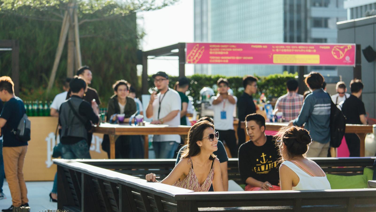 Outdoor - giles.heasman(何家樂) - Taiwan - GQ BarSurfing