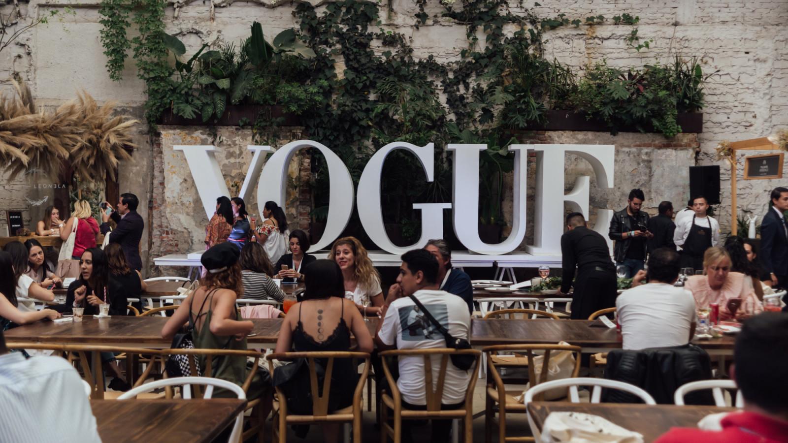 VOGUE Novias s 126 - Enrique SanchezArmas (1) - Mexico - Vogue Atelier
