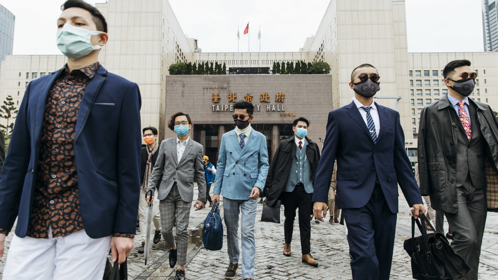 City hall 2 - giles.heasman(何家樂) - Taiwan - GQ Suit Walk