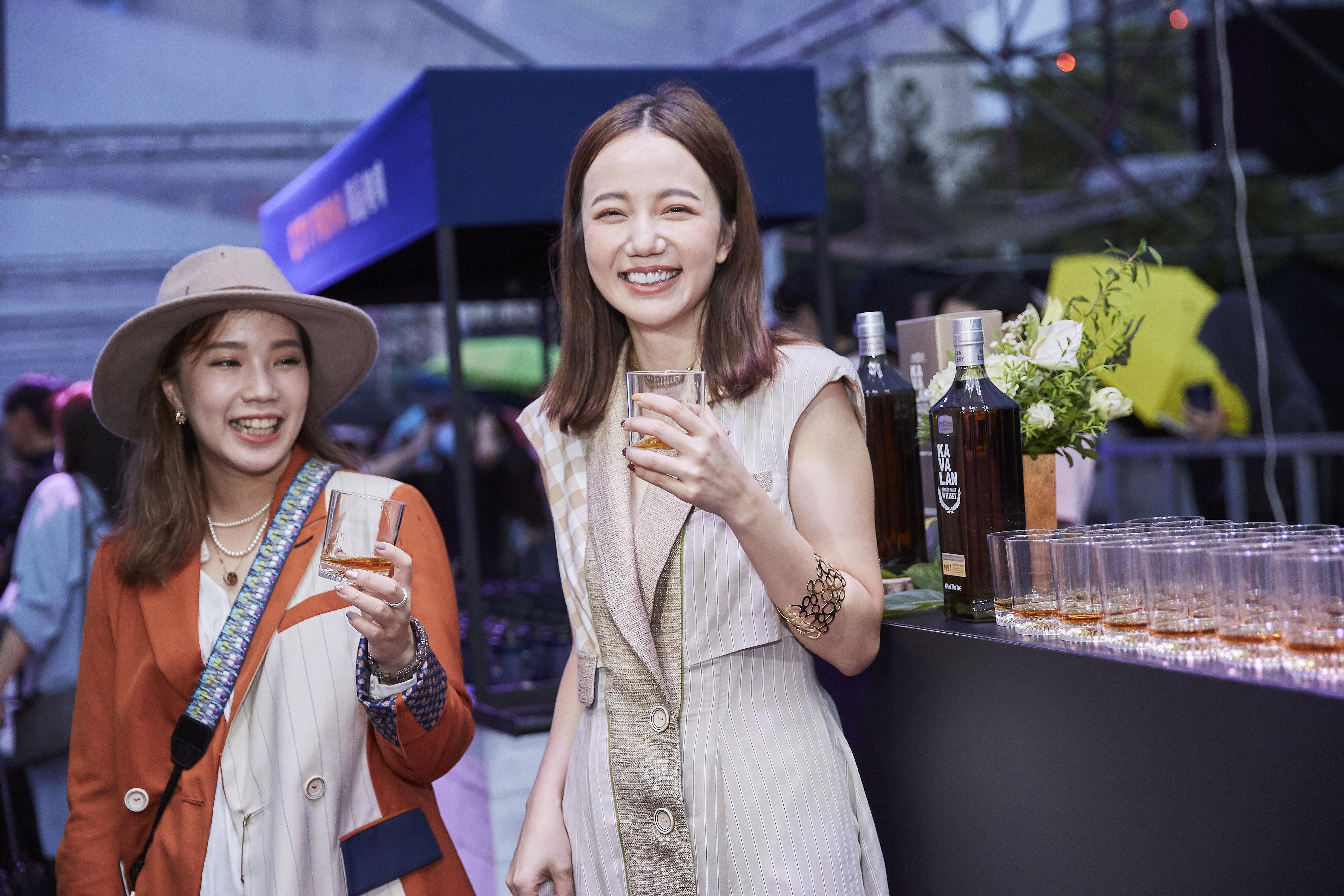 Kavalan Whisky 4 - giles.heasman(何家樂) - Taiwan - Vogue Taipei Fashion Week FNO - Sponsor 3