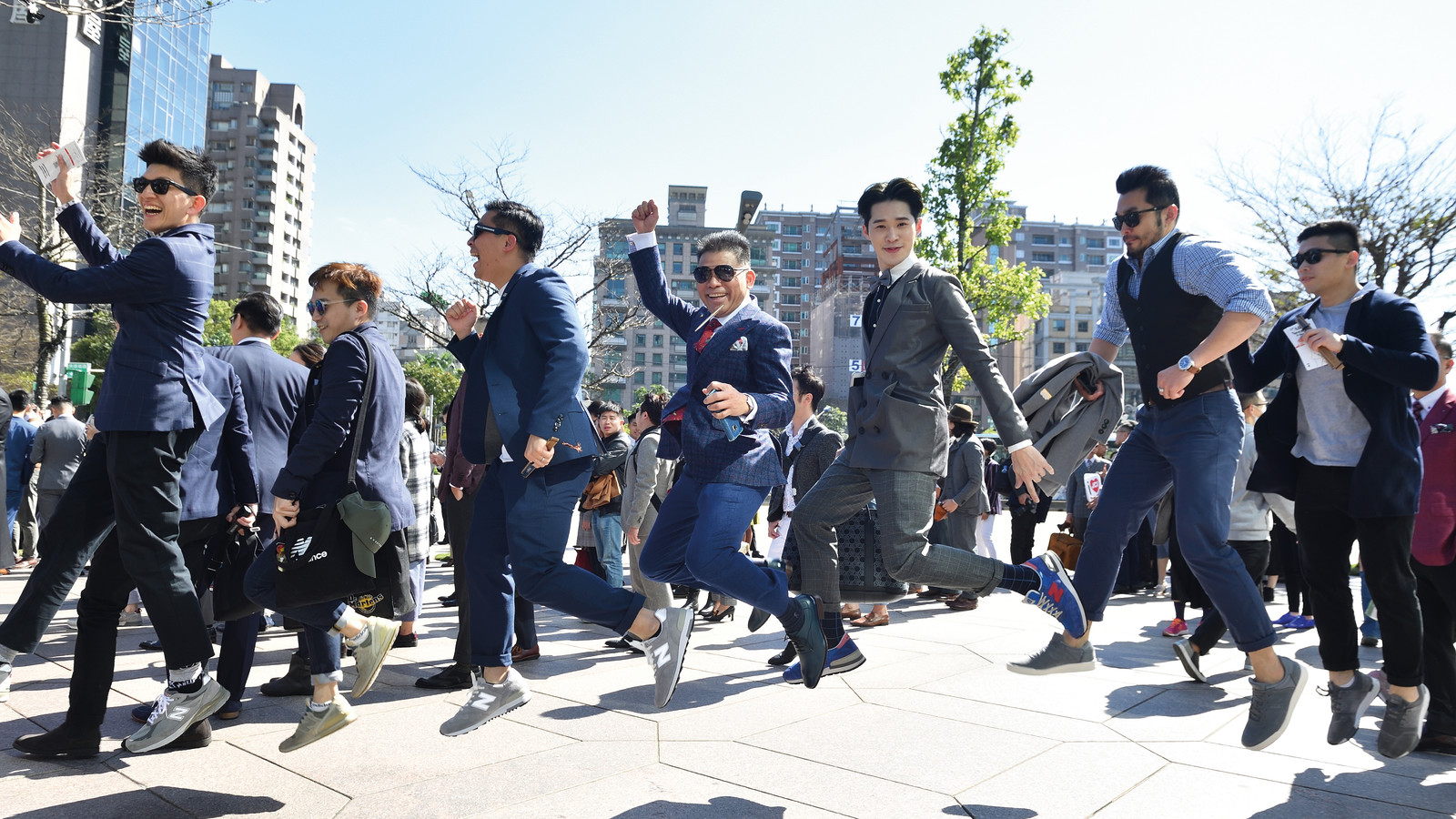 Jump - giles.heasman(何家樂) - Taiwan - GQ Suit Walk
