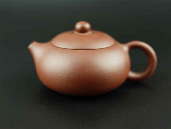 Чайник з ісинської глини - варіації на форму Сі Ші - #105