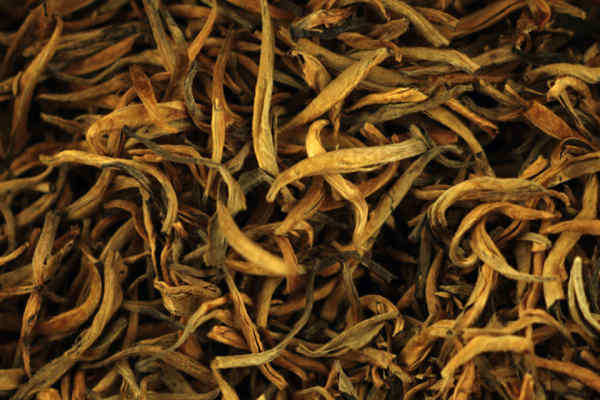 Золотий Дянь Хун Гу Шу чайної фабрики Фен Цин (екстра клас)