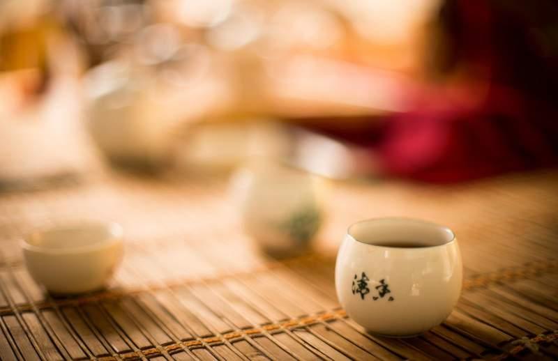 Легенда о нефритовом Шэнь Нуне, который открыл чай