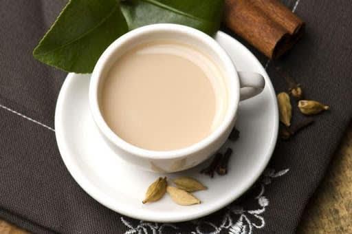 зелений чай з молоком