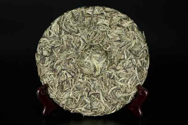 Срібні голки з білим ворсом Бай Хао Інь Чжень