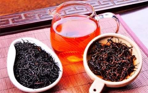 Чим червоний китайський чай відрізняється від чорного?