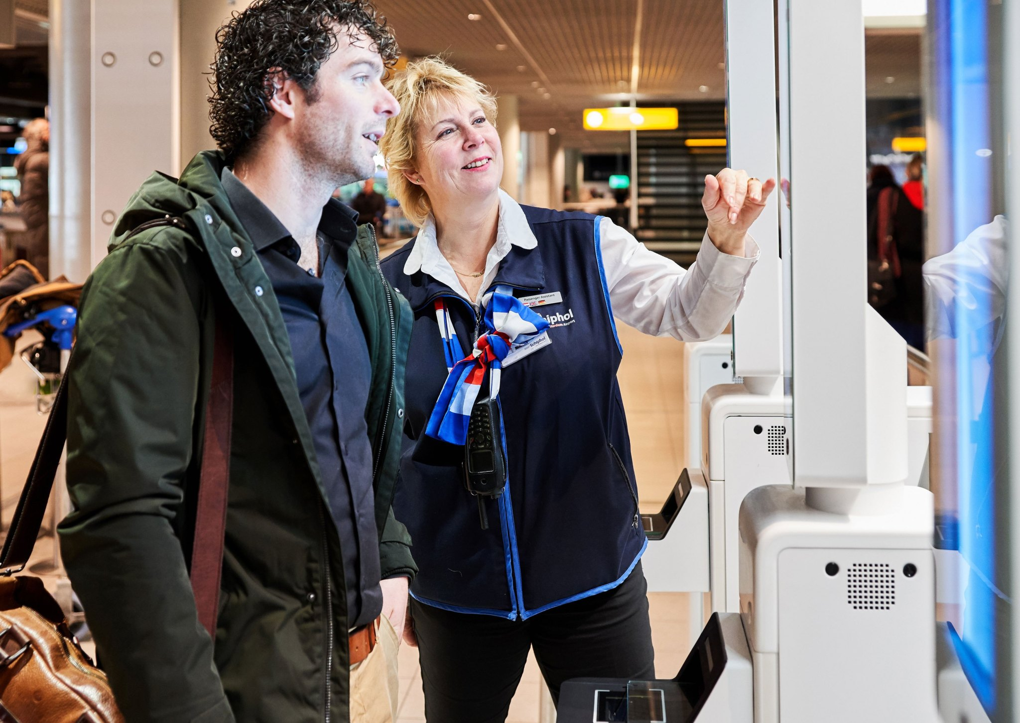 facial-recognition-boarding-Amsterdam-Airport-Schiphol 1