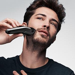 Zastřihování vousů achloupků na obličeji
