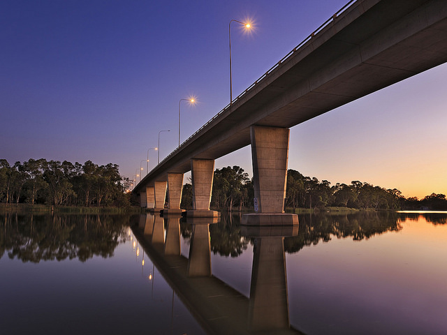 bridge-over-murray-river-near-mildura