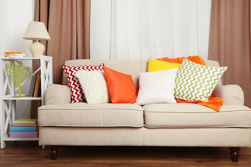 sofa-with-colourful-cushions