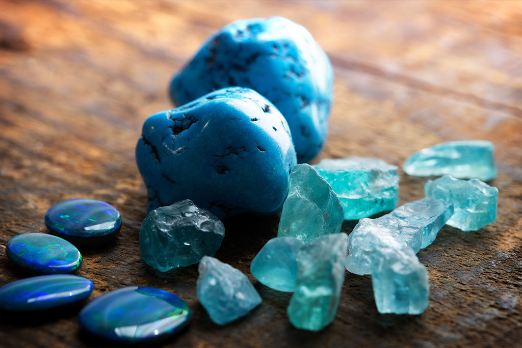 blue-turquoise-opals-and-apatite-stones