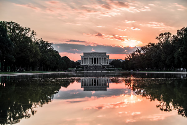lincoln memorial by casey horner on unsplash