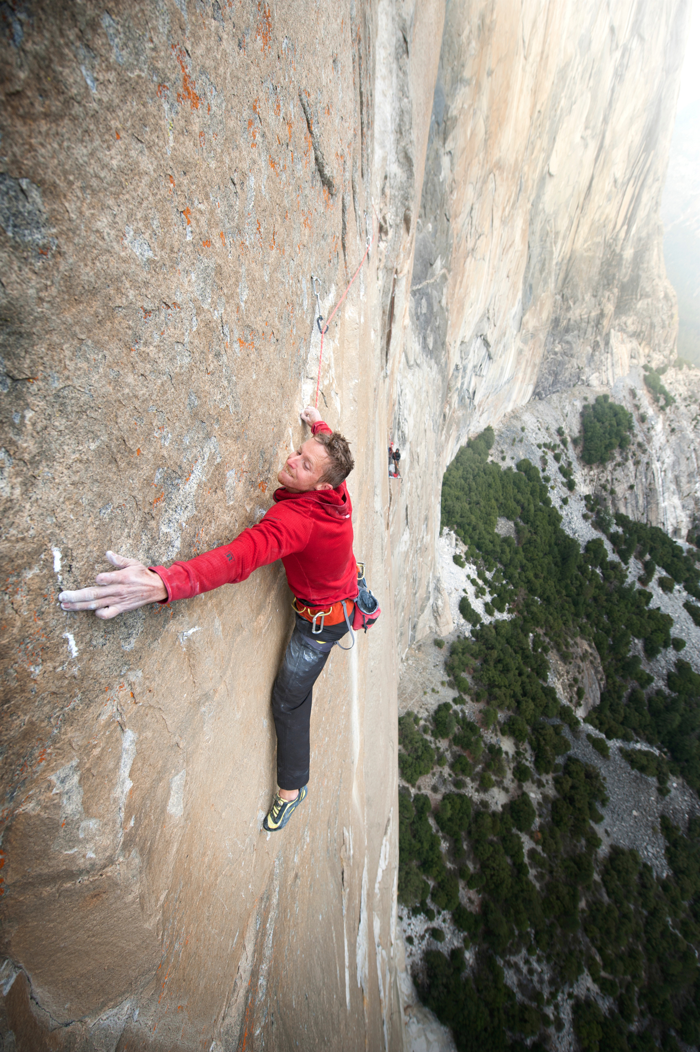 tommy making a long reach on el cap
