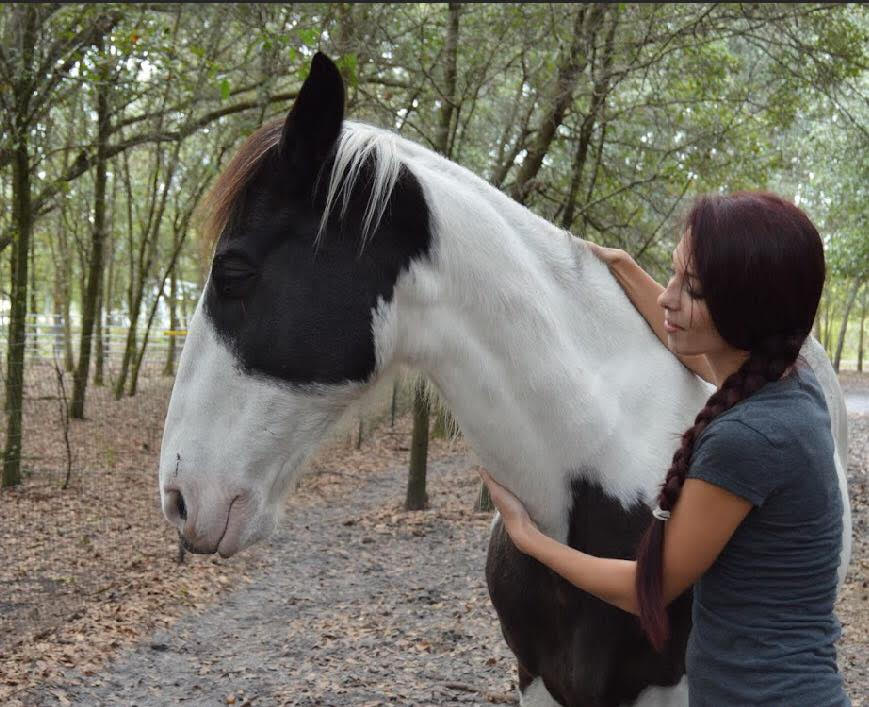 jenna with rescue horse