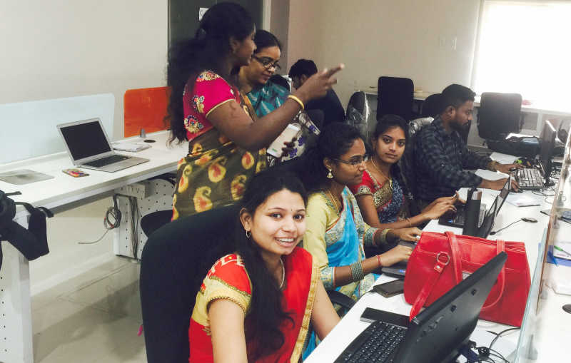 hyderabad_office_ladies