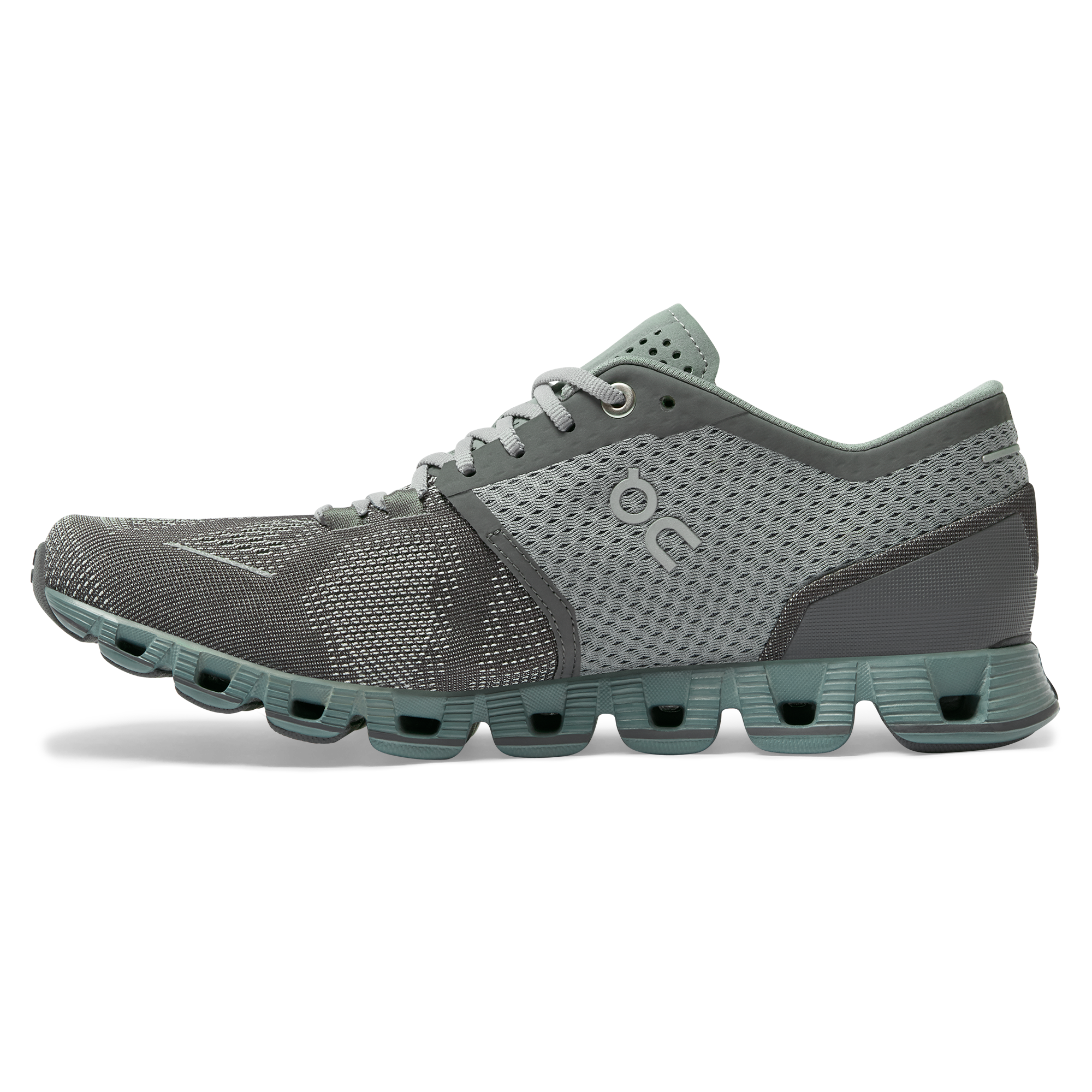 Cloud X Workout & Training Shoe | On