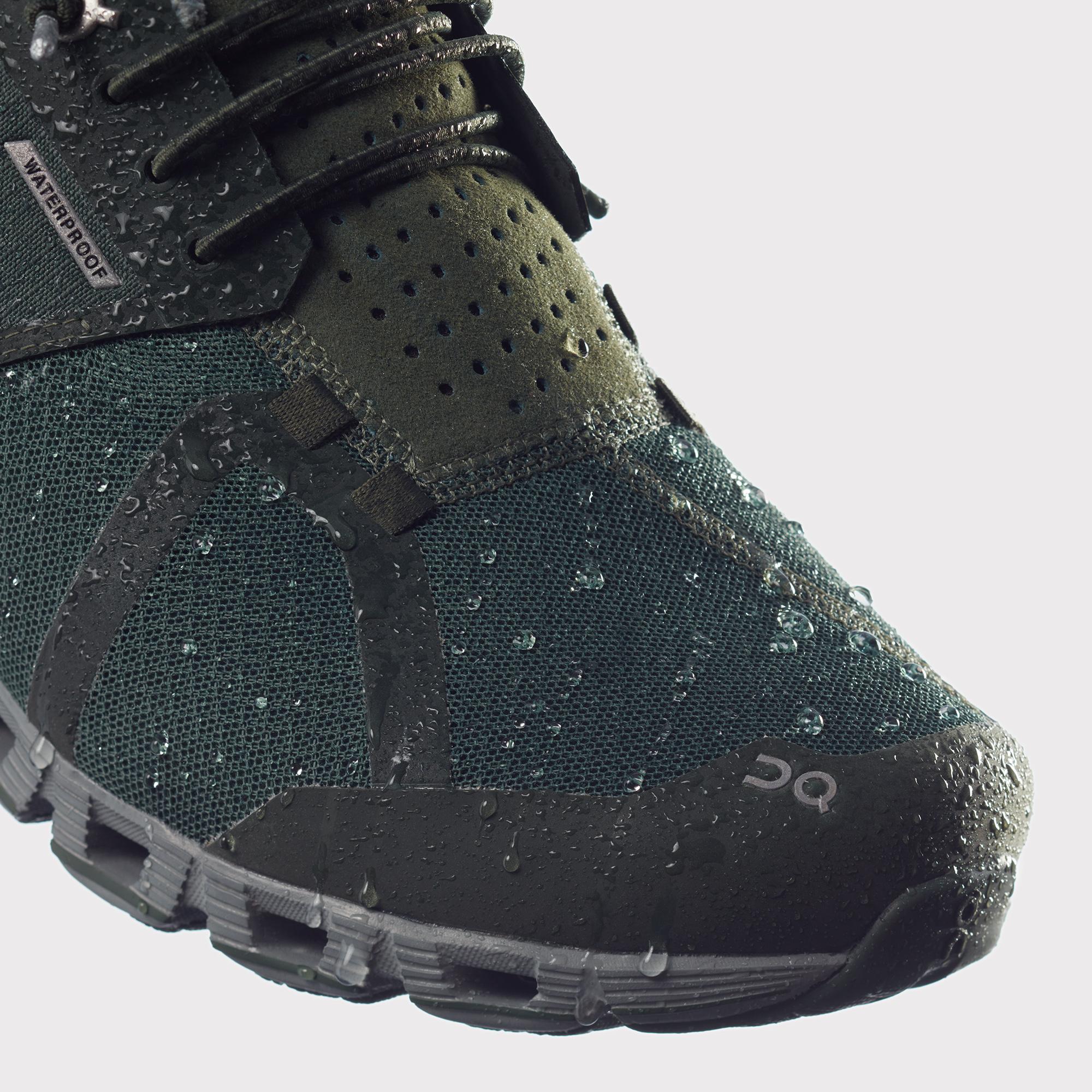 Lightweight Waterproof Running Shoe