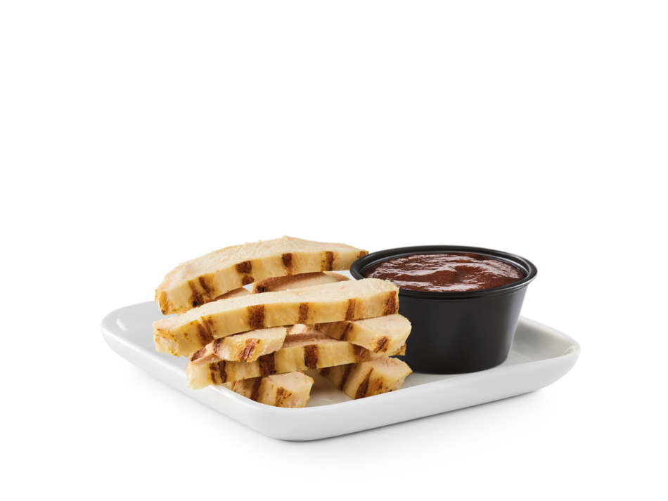 Bite-sized strips of grilled chicken breast with a side of dipping sauce. Includes Bottomless side and beverage.