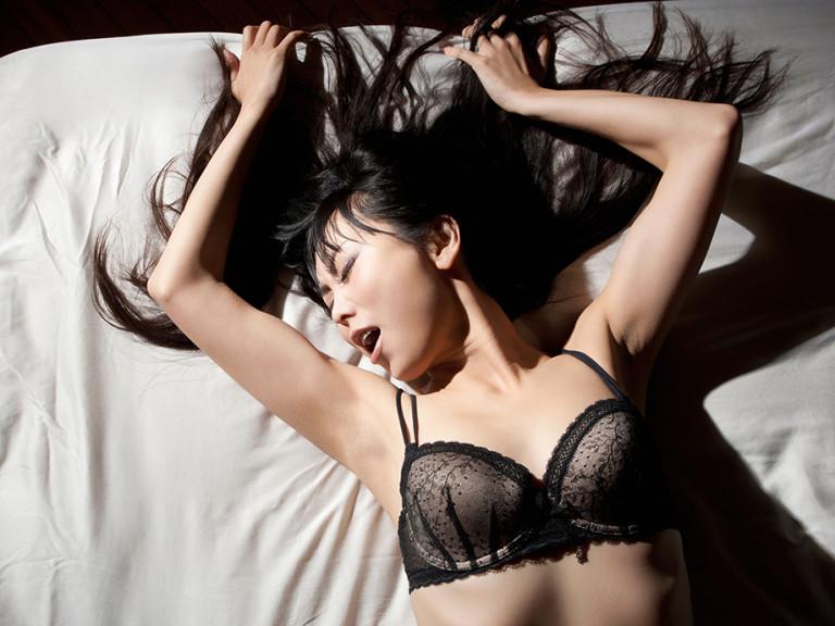 Chics hot naughty sexy slut