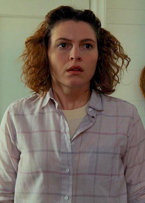 Seimetz as Becky Ives in _Stranger Things._ **Netflix.**