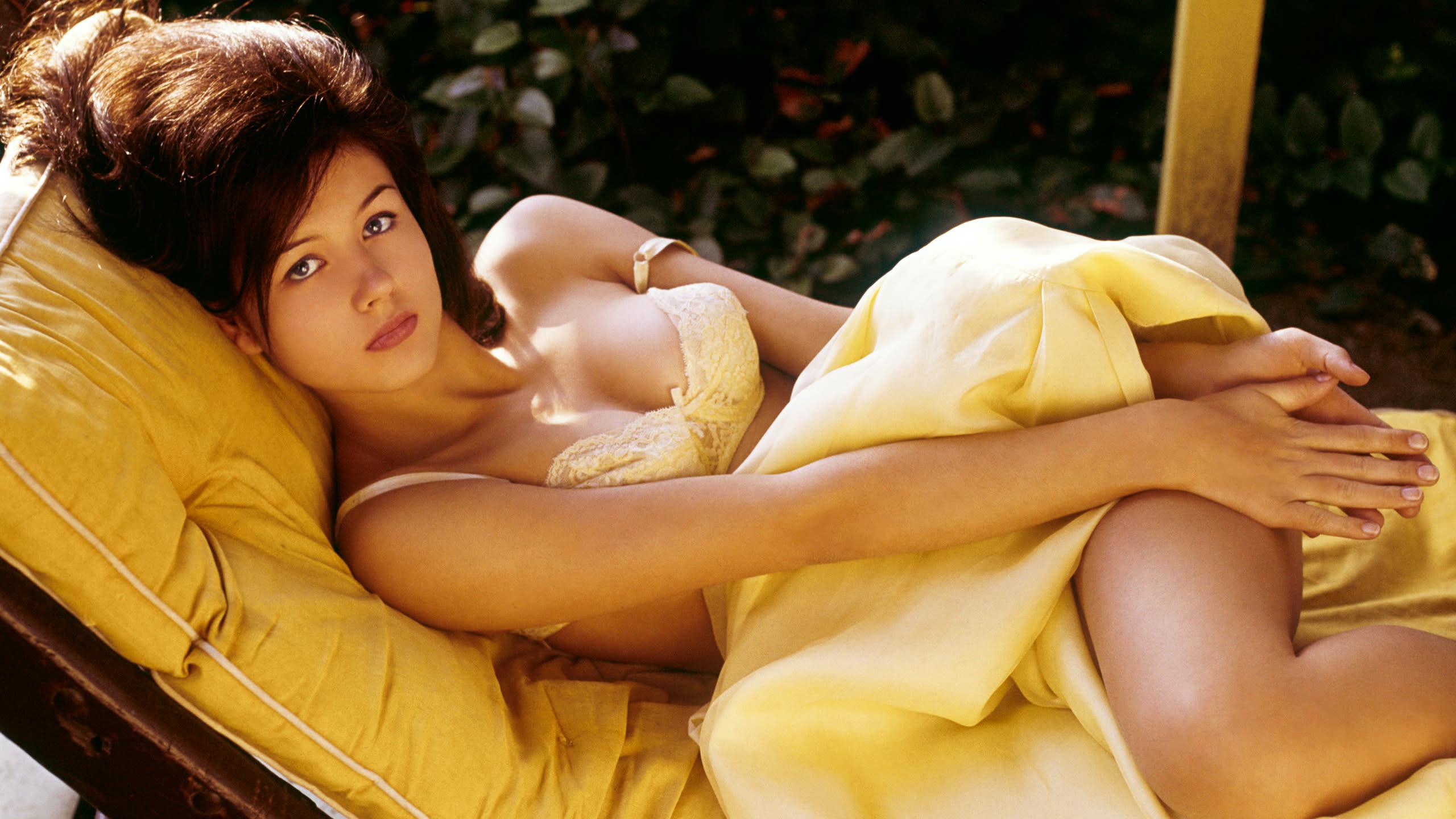 nude pics of fijian gals