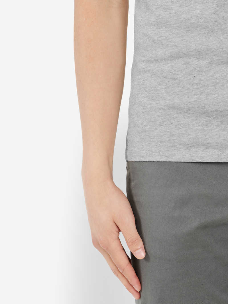 TS00002-GRY OnModel Detail 2