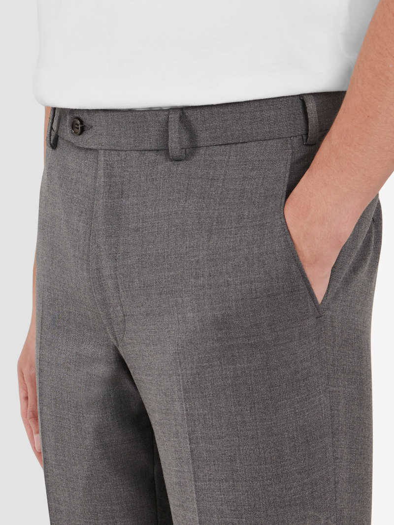 PA00020-GRY OnModel Detail 1