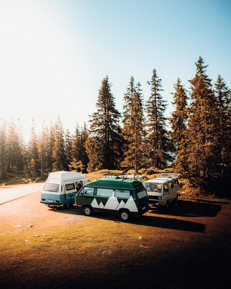 Vans in a circle