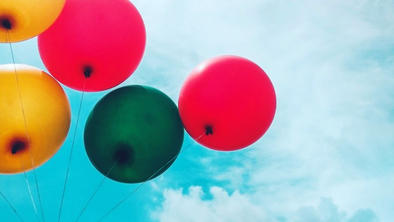 five-assorted-balloons-772478
