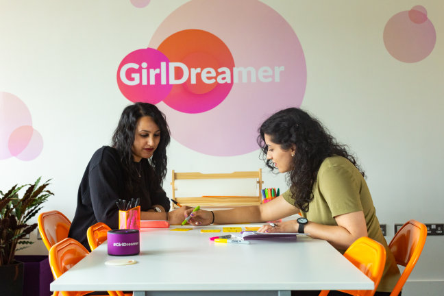 GirlDreamer - Amna - Kiran - Office