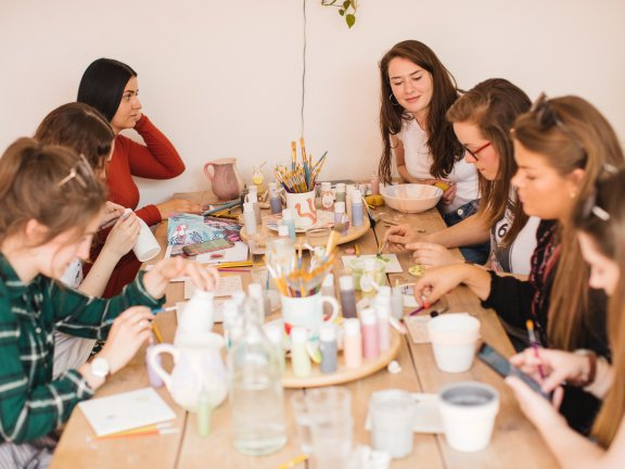 Bristol meet up - pottery painting. Credit Ruby Walker-2