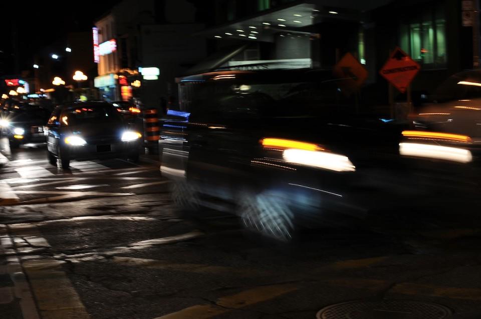 タクシーの深夜料金は何割増?金額や運用時間について詳しく解説!