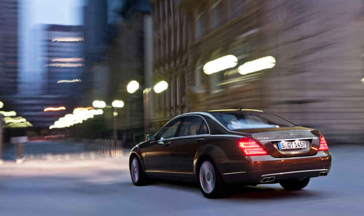 Professional Toronto Chauffeur With Online Booking Blacklane