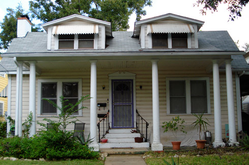 US New Home Sales Plummet in Feb 2011