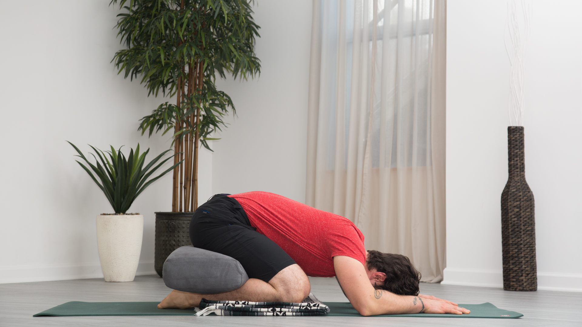 Yoga for Men A Floor Sequence to Relieve Moderate Low Back Pain