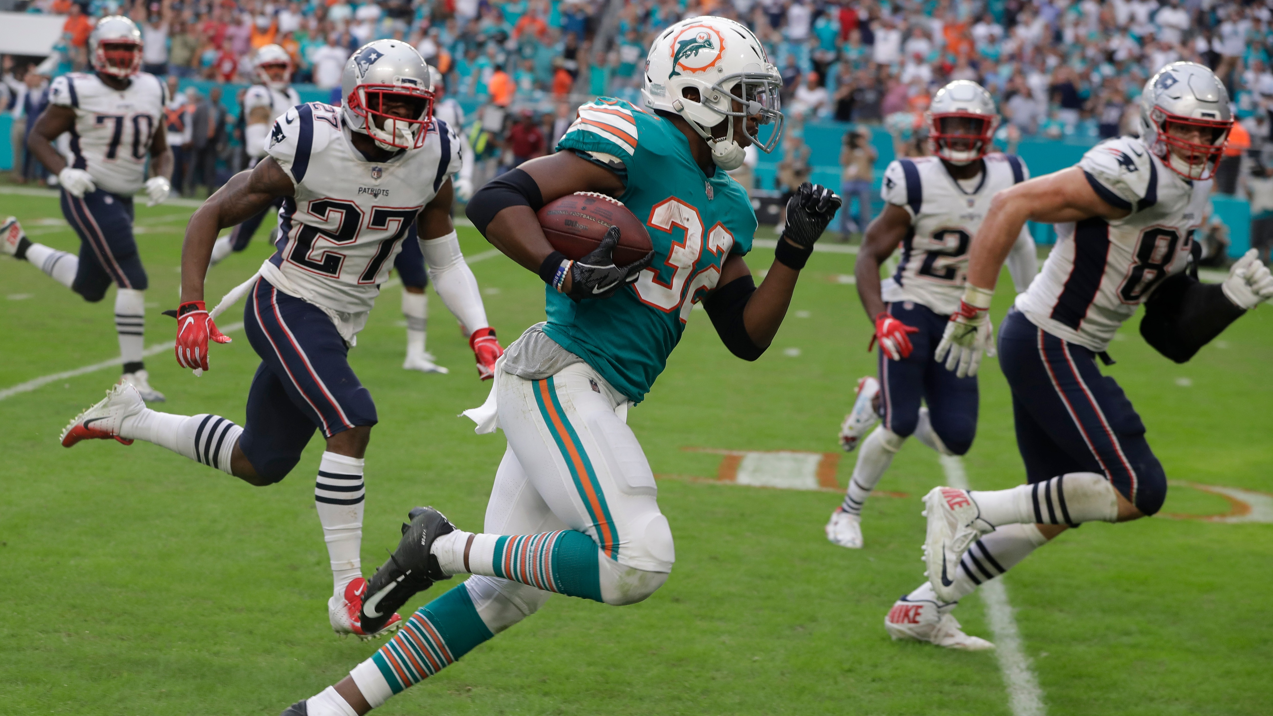 Nfl Week 14 Betting Recap Bad Beats Upsets And Crazy Finishes Highlighted By Miracle In Miami