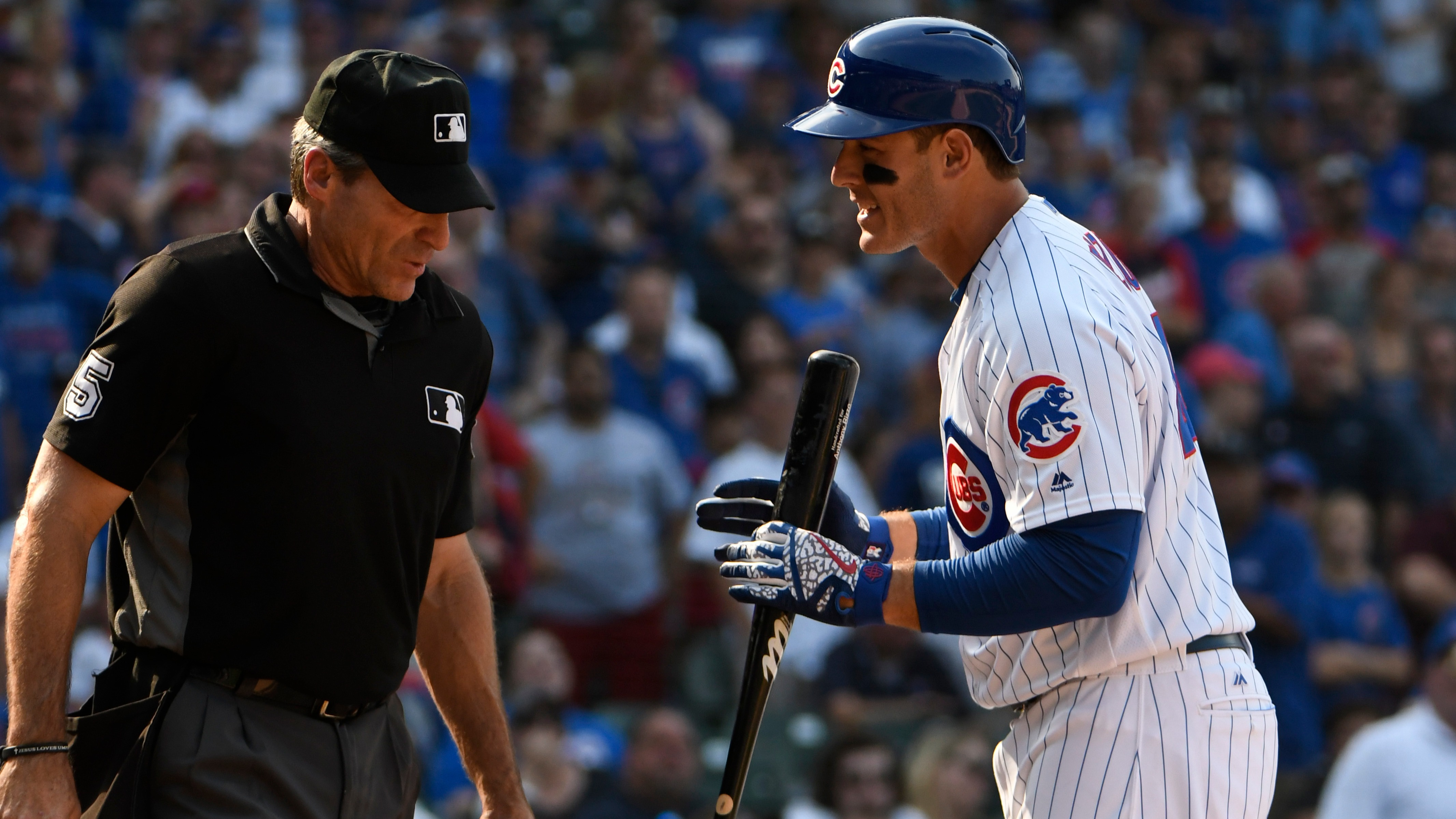 Angel Hernandez admits mistake on game-ending call on Rizzo