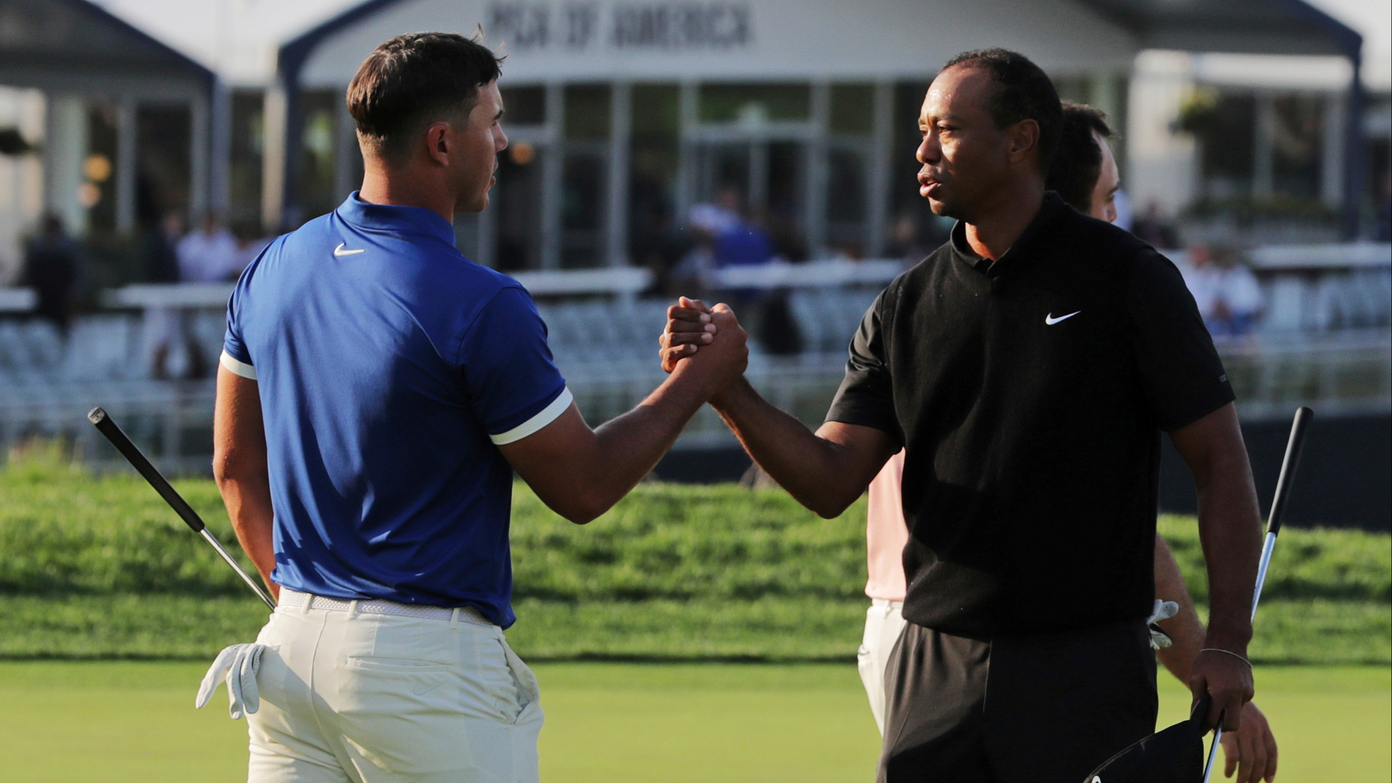 Golf prop bets: How many career majors will Tiger Woods