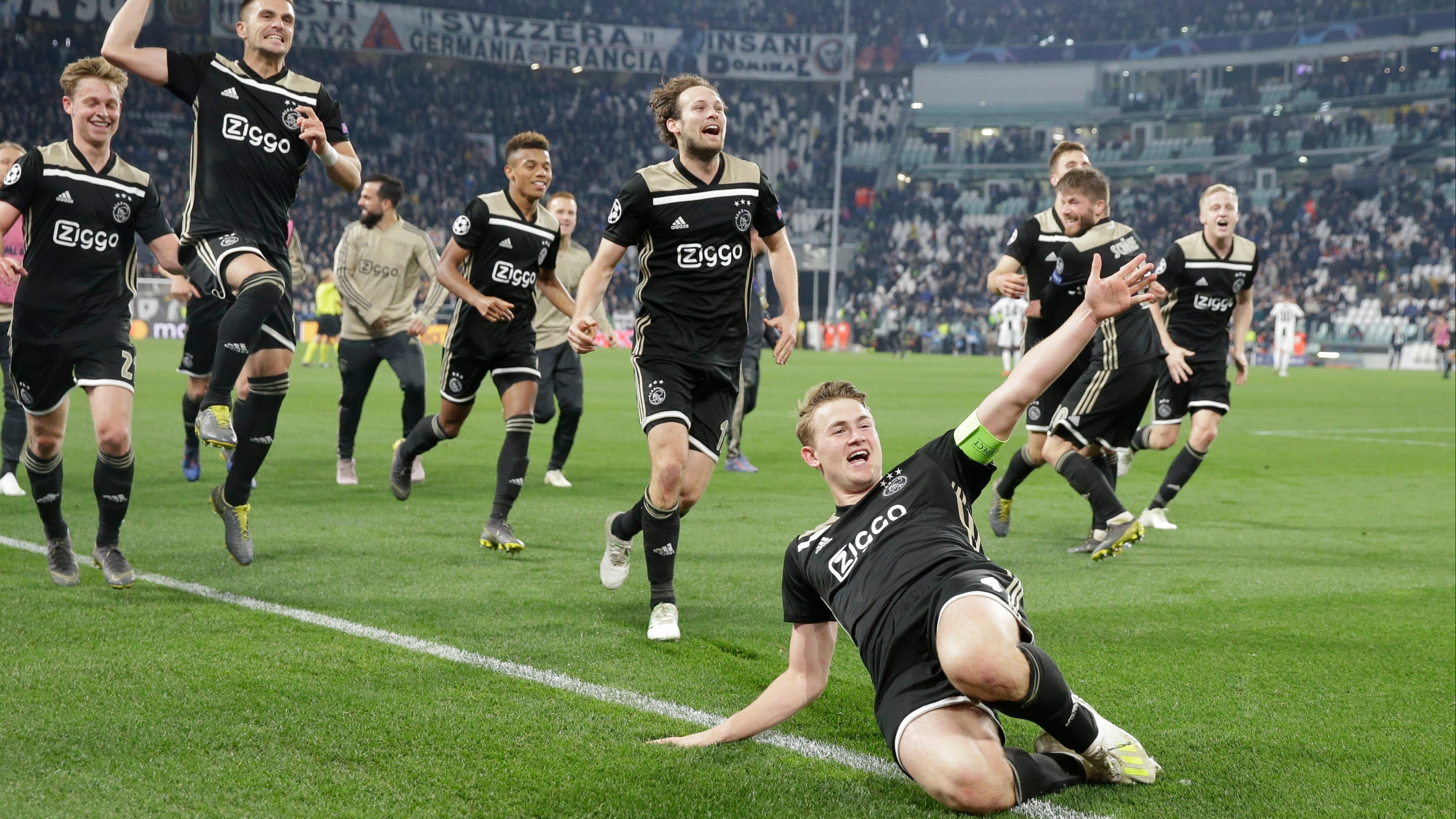 Ajax plays Tottenham in the semifinal tie of the Champions League