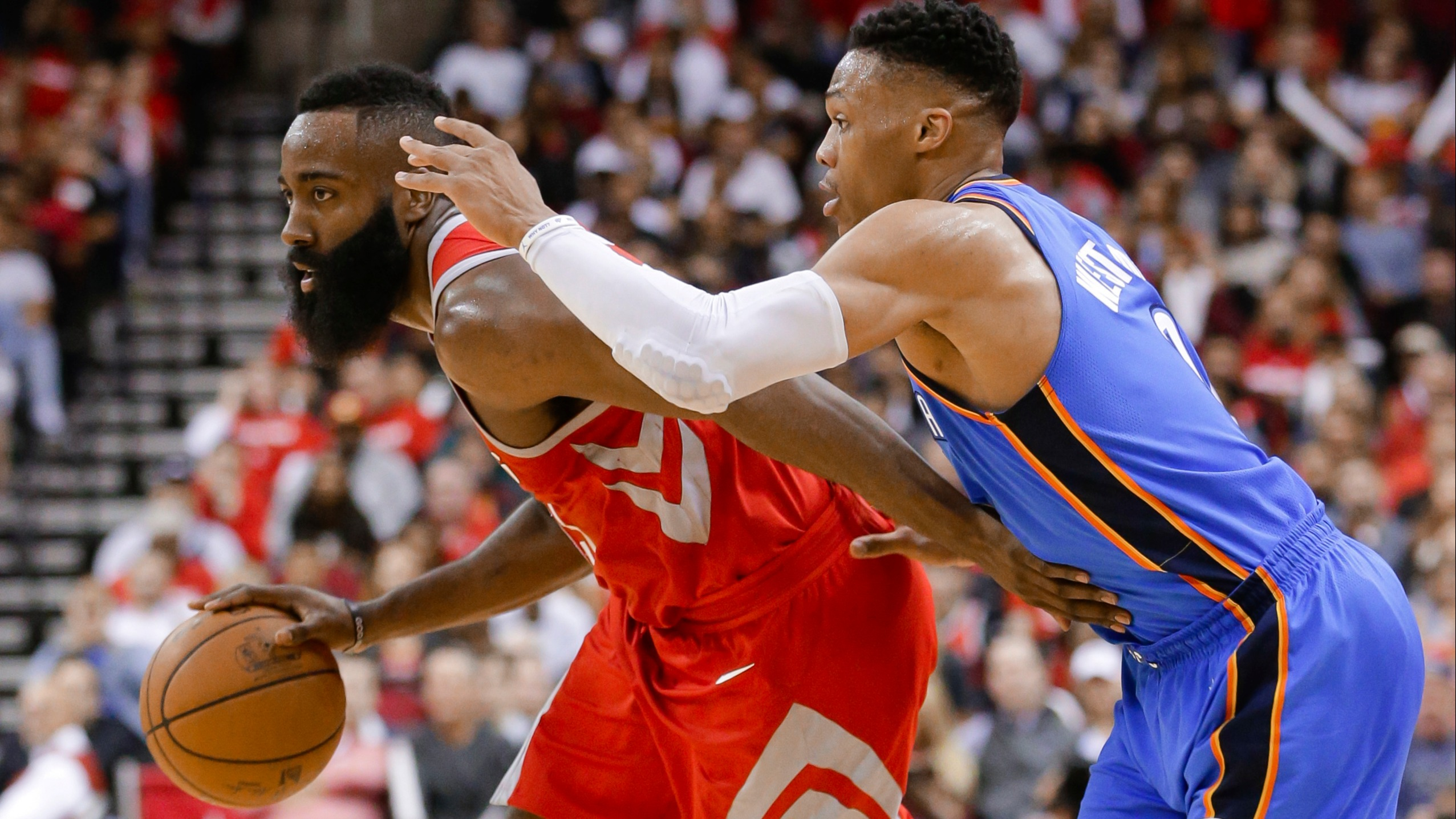 961c28c2e0f1 James Harden has scored 30 points in 28 straight games for the surging Houston  Rockets. But Russell Westbrook s eight straight triple-doubles spell hope  for ...