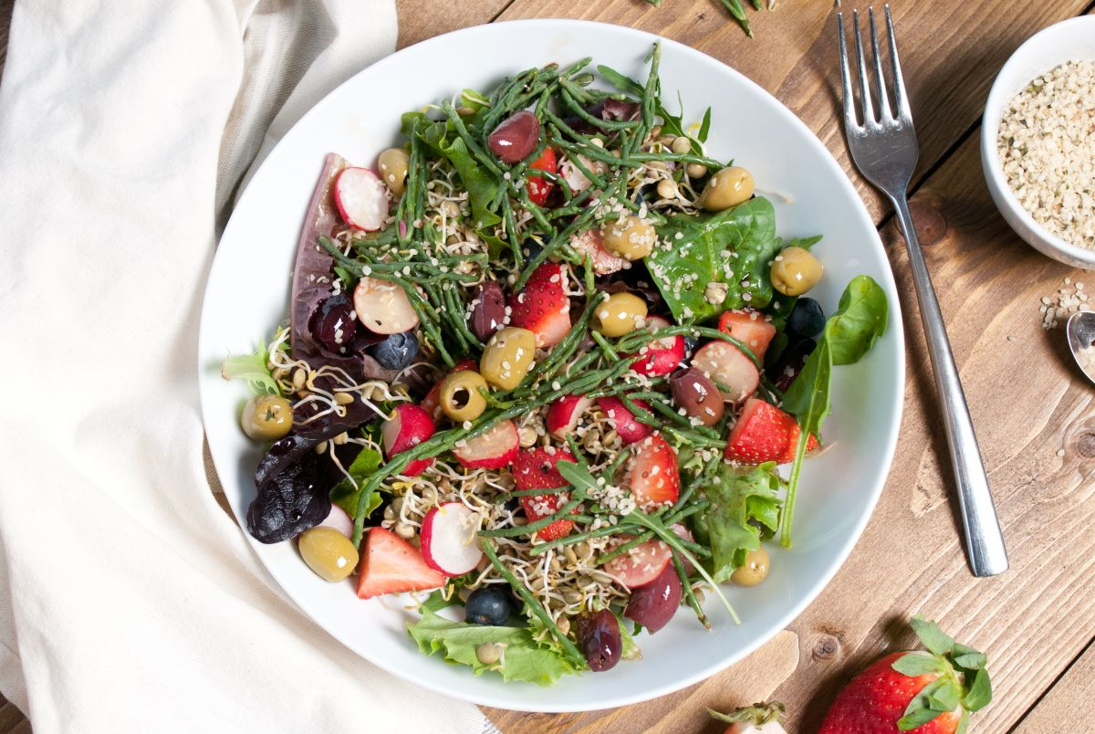 strawberry salad long
