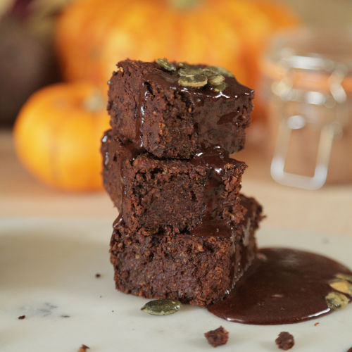 pumpkin brownies close up