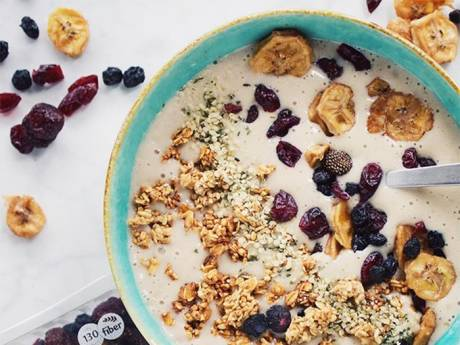 organicandhappy peanut butter banana smoothie bowl triple berry smoothie