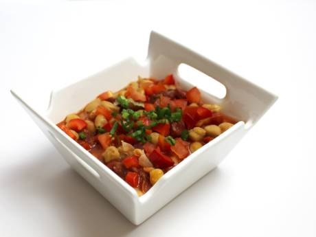 protein-packed vegetarian chili