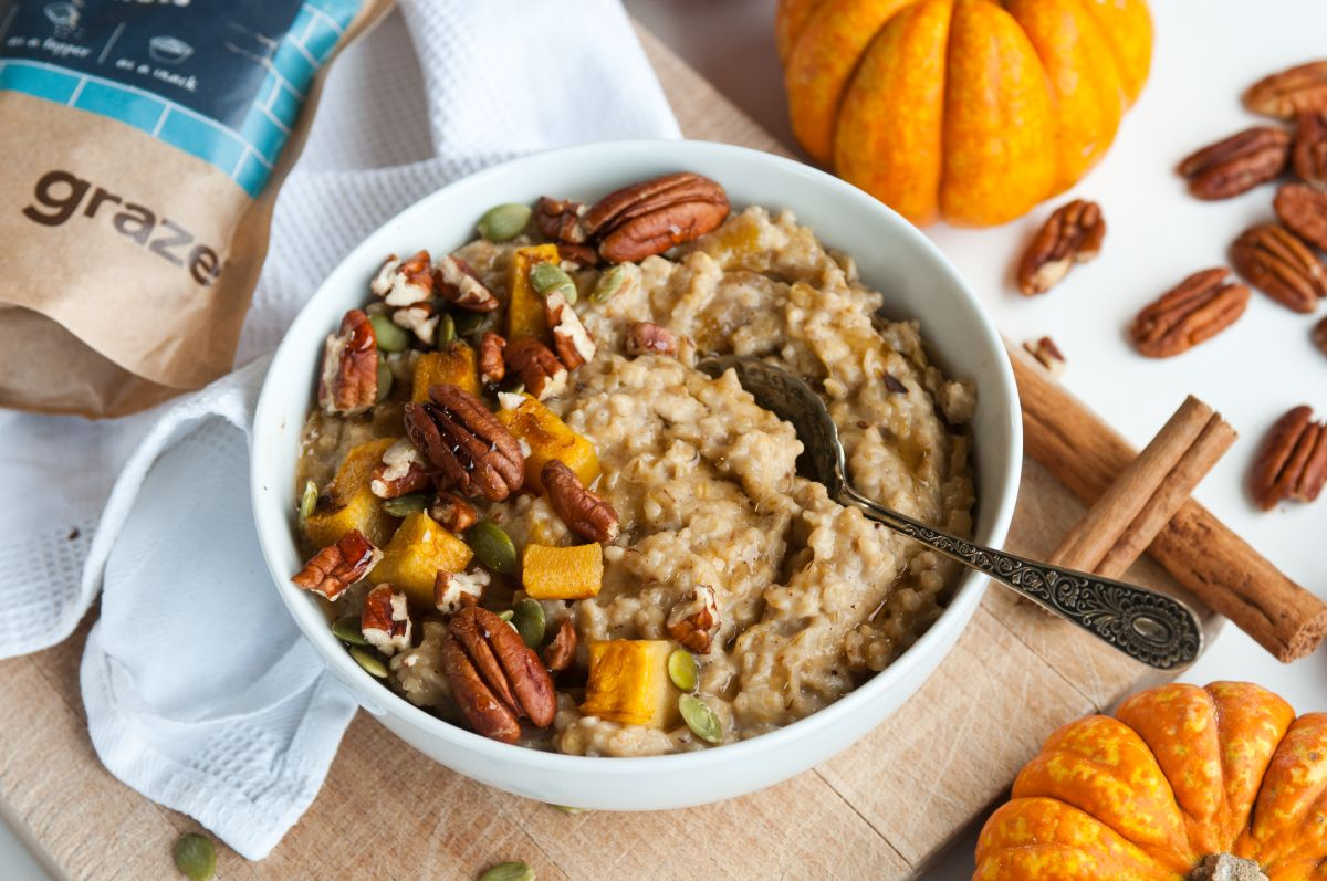 pumpkin pie porridge spoon